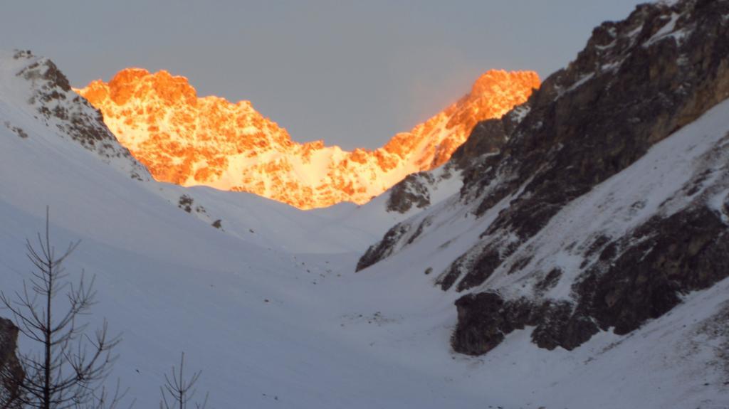 prime luci del sole nel Vallone dell'Infernetto (7-1-2012)