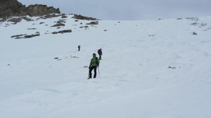 risalendo il pendio-canale del versante Sud della Cialancion...02 (7-1-2012