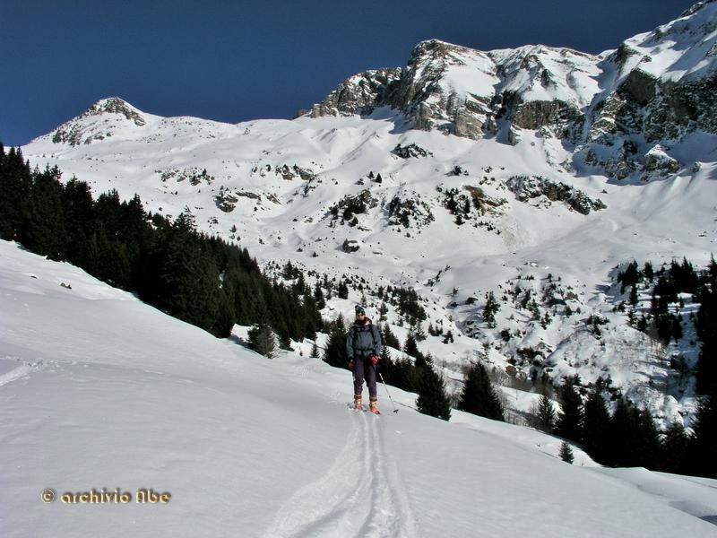 Il percorso dall'alpe Madarloi.