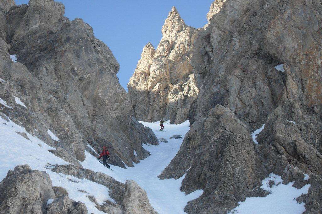 Vallonasso (Costiera) -Sautron quota 3130m Couloir Chia 2012-01-22