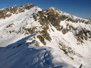 Monte Cossarello (2691 m) e sotto il Colle del Loo (2452 m) visti da Punta Lazoney