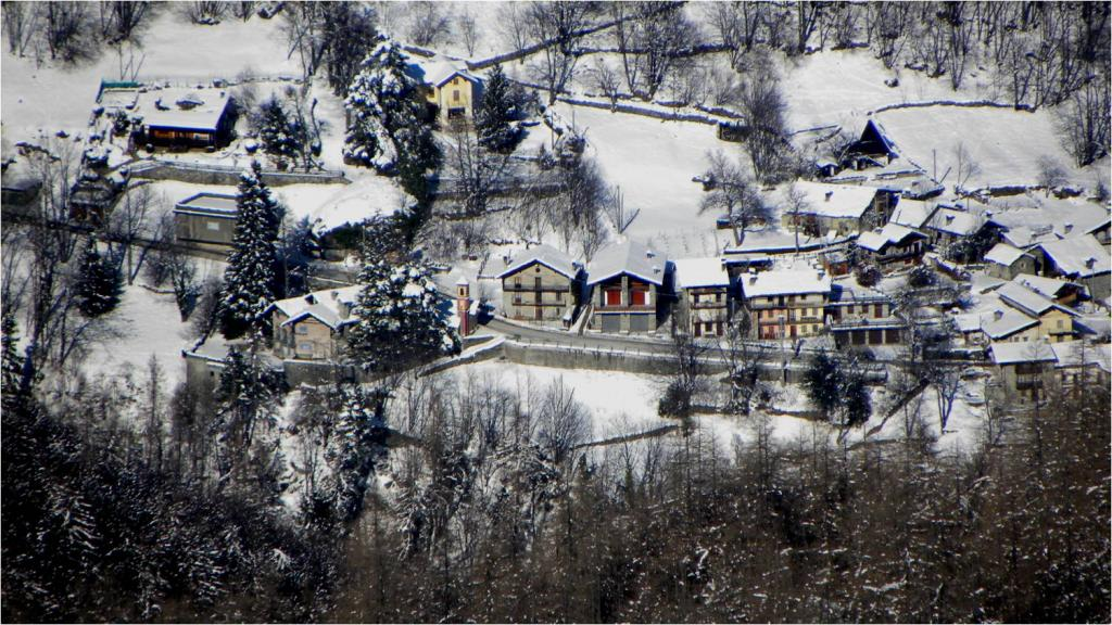 Zoommata al fondo valle