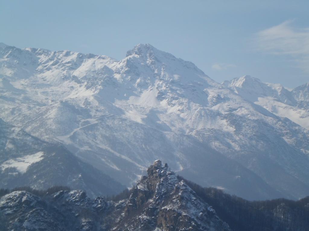 Santa Cristina e Monte Rosso d'Ala con piste sci
