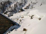 Segnavia e neve a Prial inferiore 1954 m