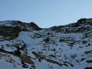 Colle Carisey visto da poco sopra Alpe Carisey