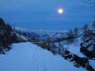 Altro punto della discesa da Dondena al chiaro di luna