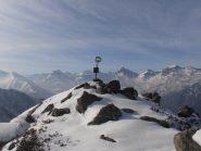 06 - la cima immaccolata e sullo sfondo la testata della Valle di Viù