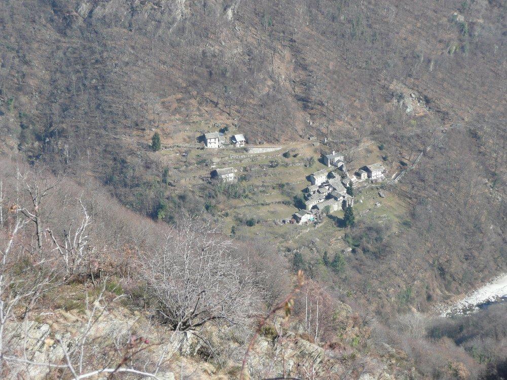 Raie, Parì, Artà, Rubello (Borgate) da Pont Canavese, anello 2012-03-09