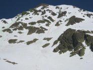 visuale dal pianoro a 2400 m, in verde la salita ed in rosso la discesa