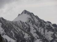 19 - Elegante Rocca Patanua versante Nord innevato