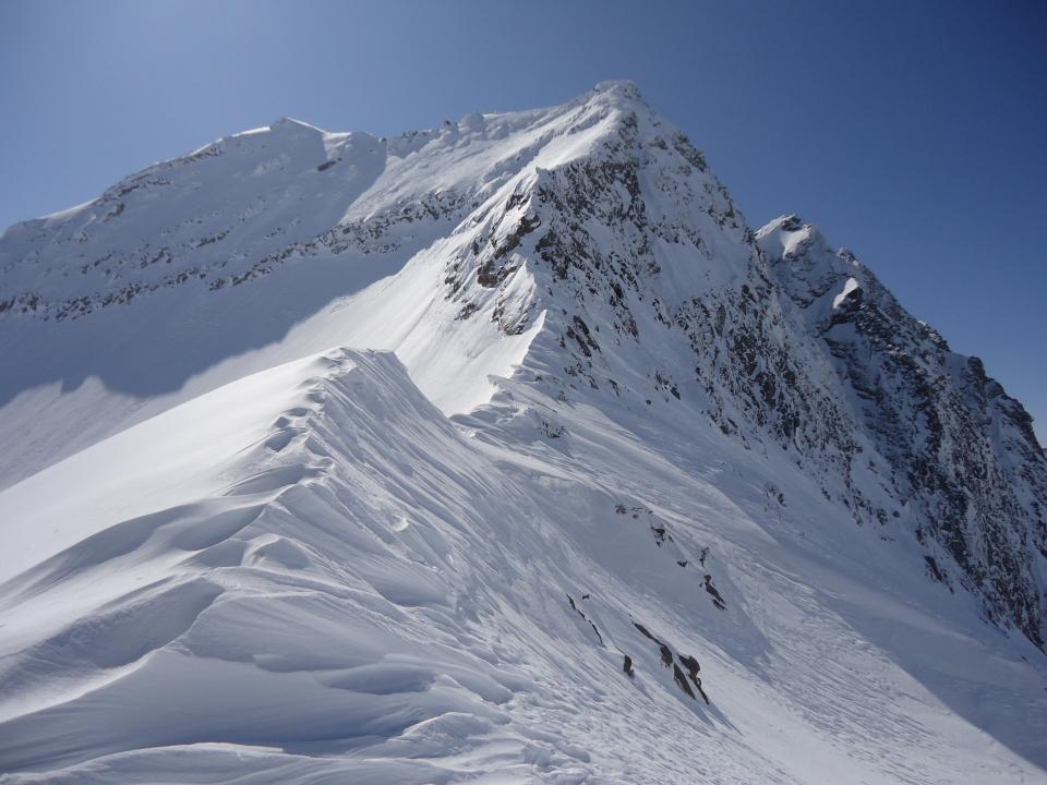 Suretta (Pizzo) da Montespluga per la Cresta N-NE 2012-03-23