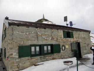 La prima apertura del rifugio per il 2012
