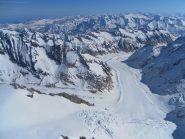 il lungo ghiacciao percorso a settembre per il Lauteraarhon dal passo del Grimsel