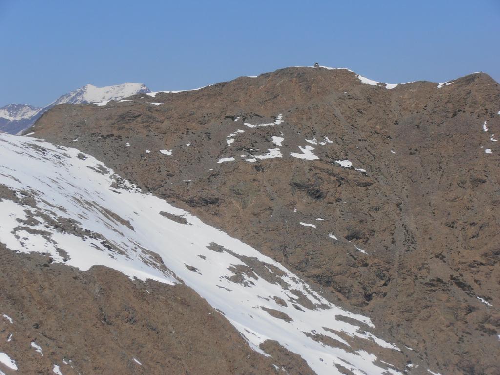 18  - parte finale della salita a Punta Imperatoria da Niquidetto, presente una bellla traccia di ciaspole
