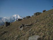 Gli strani cumuli di pietre alla Cialma