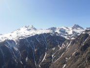 18 - scendendo, vista dal Niblé ai Denti d'Ambin, in basso la Val Clarea