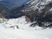 la lunga discesa su Planaval: oltre 1.900 metri di dislivello