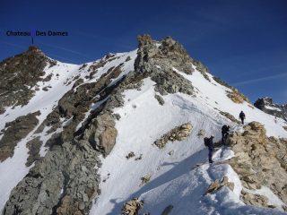 la cresta che porta alla cima