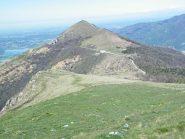 Il Cornizzolo dalla vetta del Monte Rai
