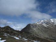 La cresta di salita, vista da prima della punta Costa Fiorita