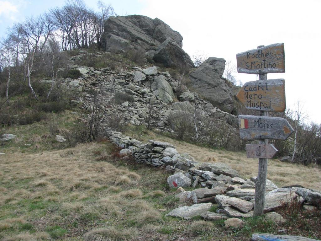 San Martino (Rocche di) da Pont Canavese, anello per Monte Calmia, Balmassa e Alpette 2012-04-27
