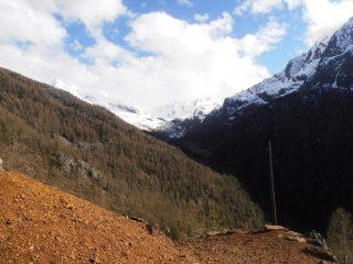 07 - vista verso il fondo del vallone di St.Marcel