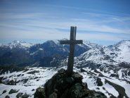 la croce da mettere un pò a posto