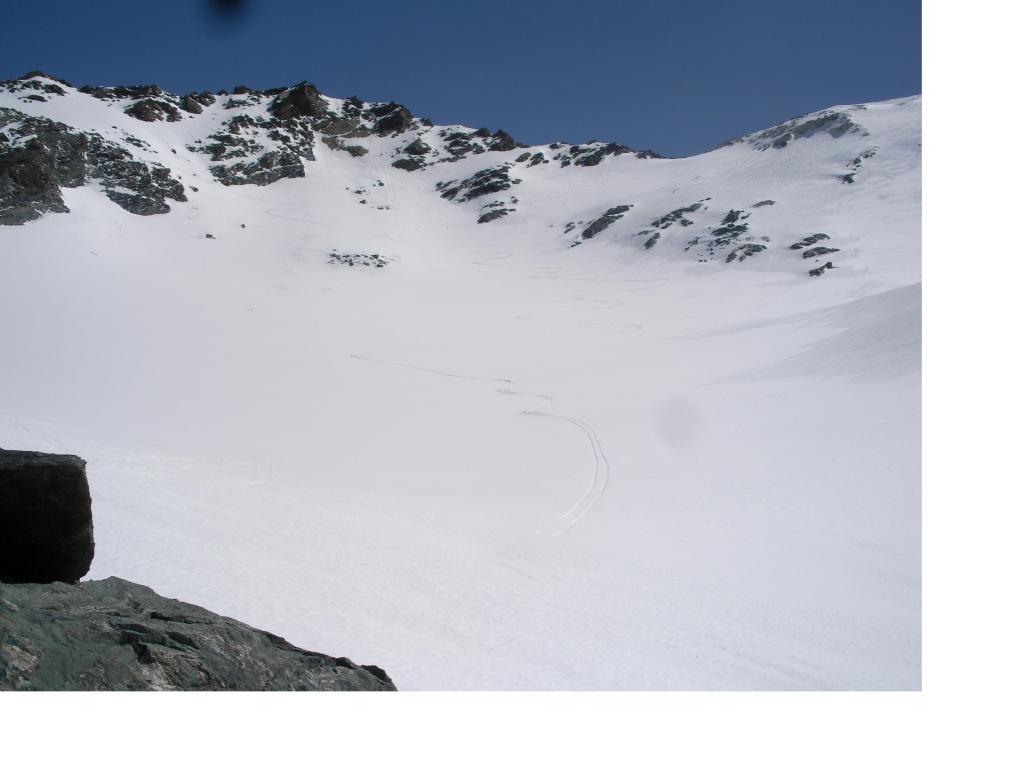 Il Glacier du Fond e il Col de Labby in alto al centro