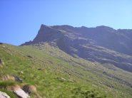 il versante meridionale della cima dalla Cial