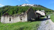 passando nei pressi delle Grange Chabaud d'Aral (2-6-2012)