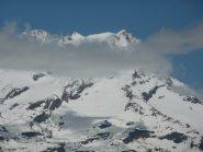 Zoom verso Punta Gnifetti, capanna Margherita