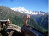 Fontana all'Alpe laghetto Stella nella cornice del Rosa