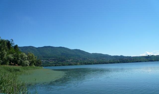 Varese (ciclabile Lago di) da Mercallo per ciclabile lago Comabbio 2012-06-13
