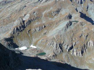I laghi visti dalla cima del piccolo Rothorn (ottobre 2009), notare la posizione del lago in alto riportato solo da alcune carte