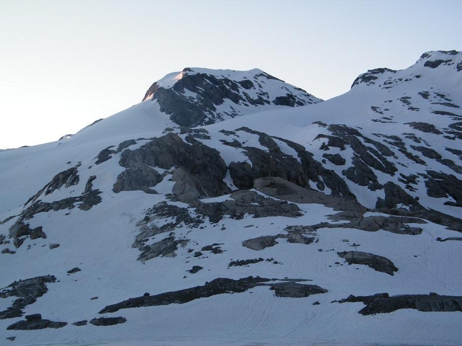 La Punta Francesetti dal laghetto glaciale