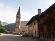 04 - ...chiesa di S.Maddalena di Funes... per chi ha visto il film Nanga Parbat...