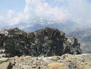 Il breve tratto di cresta visto dalla vetta