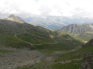 08 - Rifugio Grand Tournalin visto dal Col de Nannaz