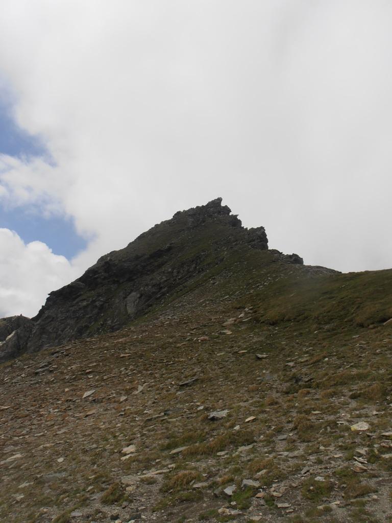 01 - Becca Trecare da poco sotto la cima