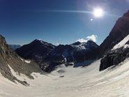 parte bassa ghiacciaio e panorama