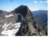 La cima del Baus dalla vetta del Bastione