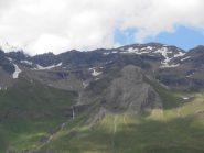 06 - Tete Blanche, a dx, vista dalla Conca di By