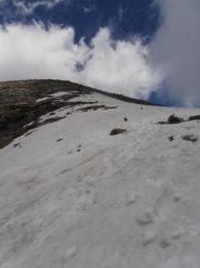 07 - ripido nevaio per arrivare in cresta