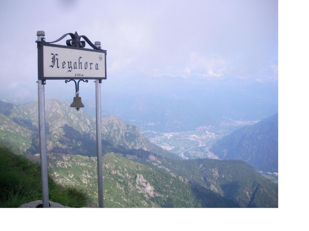 La Val d'Ossola dall'Eyehorn...