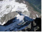 La lunga cresta di salita vista dall'alto...