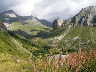 Rocca Sengi sul versante opposto