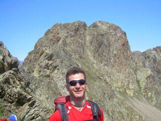 L' alpinista al passo del Monte Carbonè.