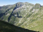 Lago della Vecchia e Monte Cresto