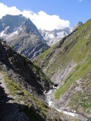 la gola del vallone di Bellecombe dal sentiero belvedere