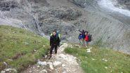 ultimi metri di sentiero prima della Turtmann Hutte (21-7-2012)